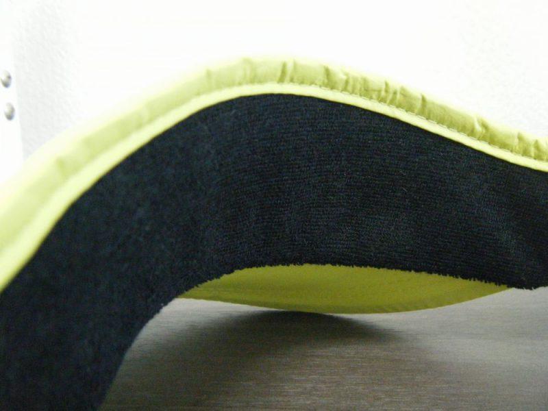 サンバイザーの額部分の内側イメージ