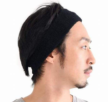 前髪を押さえてくれるヘッドバンドのイメージ