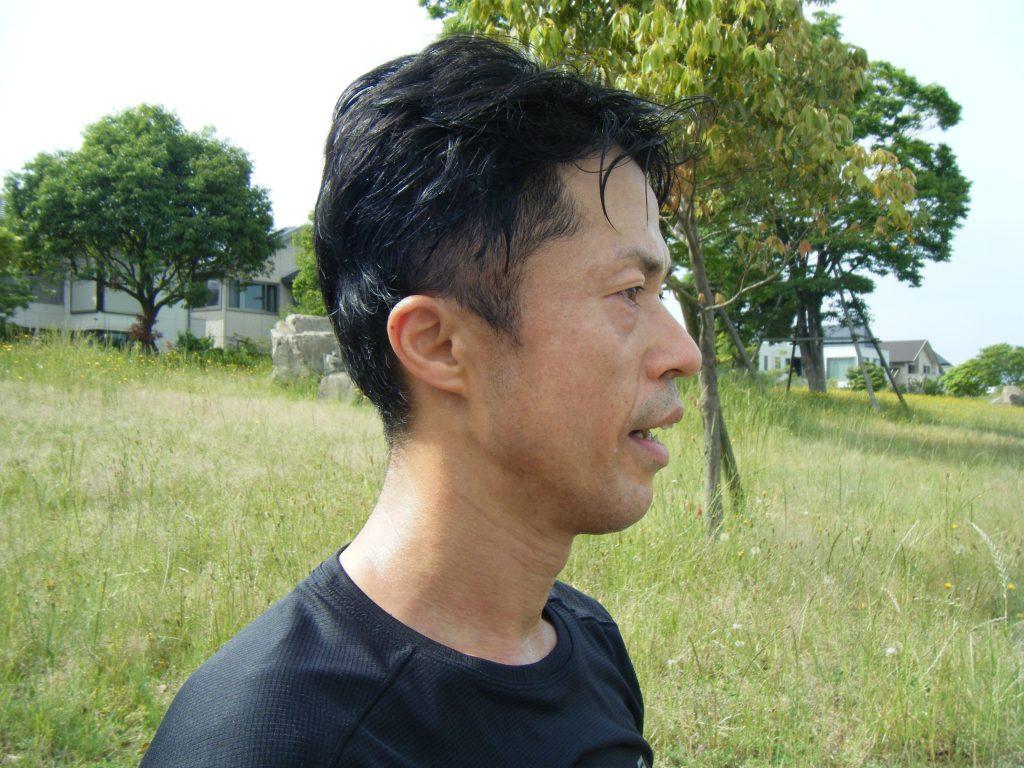 ランニング後の顔や頭の汗イメージ