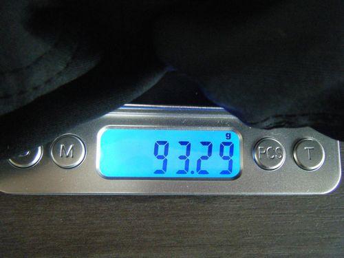 走り終えた直後のフェザーライトキャップの重量イメージ