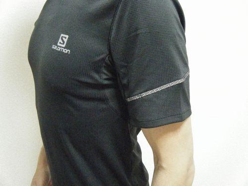 サロモンのシャツイメージ