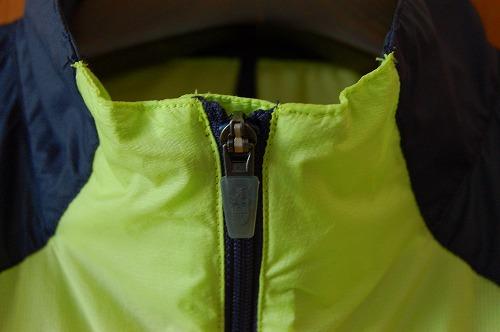 ノースフェイス インパルスレーシングジャケットのフロントジップイメージ