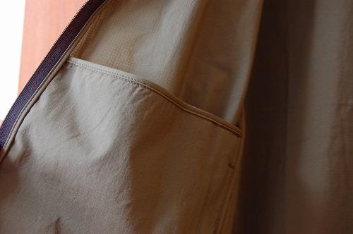 ノースフェイス エニータイムウィンドフーディの内側ポケットイメージ