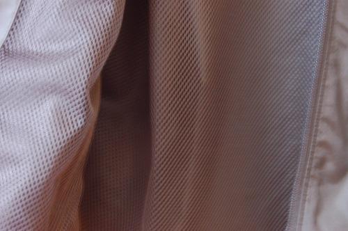 アンダーアーマー フィールド ハウス ジャケット1345405のジ裏地メッシュイメージ