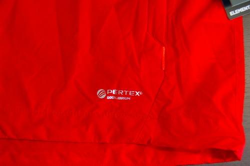 マムートウインドブレーカーグライダージャケットのワードマークイメージ