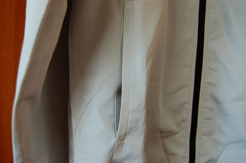 ヒュンメル パーカー M's HAORIのハンドポケットイメージ