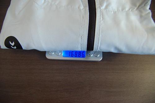 ヒュンメル パーカー M's HAORIの重量イメージ
