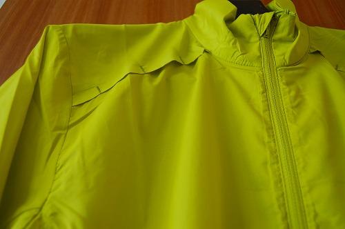 サロモン アジャイル ウインド ジャケットの前面リフレクターイメージ