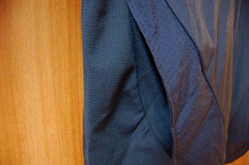 ナイキ フルジップフーディ PX ジャケットのハンドポケットイメージ