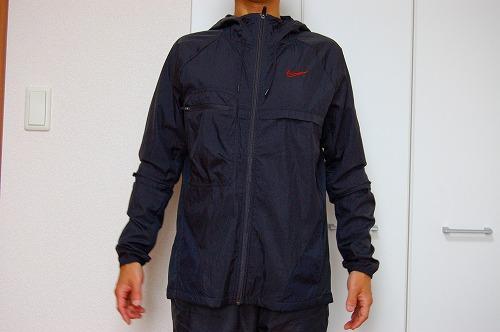 ナイキ フルジップフーディ PX ジャケットを着た前面イメージ
