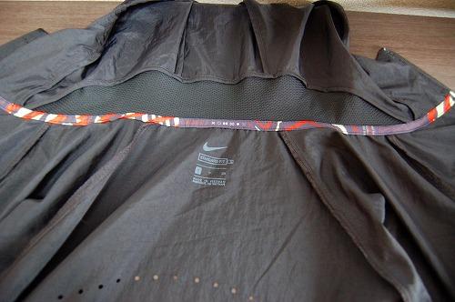 ナイキ フルジップフーディ PX ジャケットのフード内側イメージ