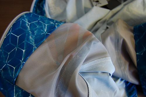 オークリー SKULL MARBLE GEO HYBRID JACKETのハンドポケット内側イメージ